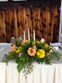 Head table arrangements